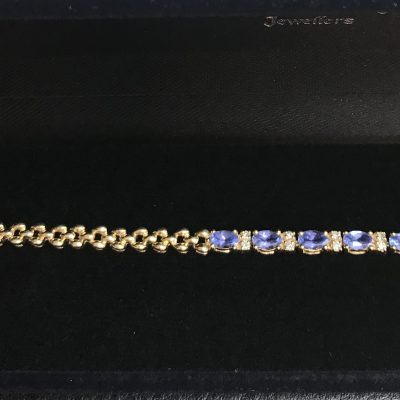 Tanzanite and Diamond and 14Ct Yellow Gold Panther Link Style Bracelet