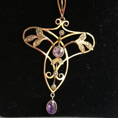 Art Nouveau Amethyst and Pearl Pendant 15ct Gold Figaro Chain