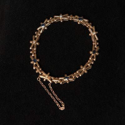 Art Deco Sapphire and Pearl 18 Carat Yellow Gold Bracelet